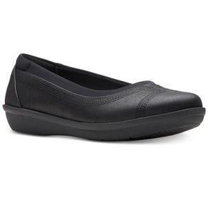 Women's Clarks Ayla Low Black Flats